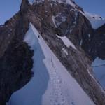 Niek op de graat met op de achtergrond de Mt. Blanc © N. van Veen