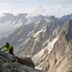Jefta klimmend met op de achtergrond Frankrijk