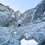 En verder omhoog richting het steilere rotsgedeelte
